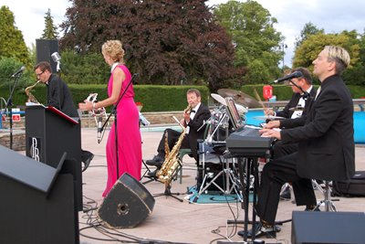 A Swinging Summer's Evening with Peter Gill & Friends